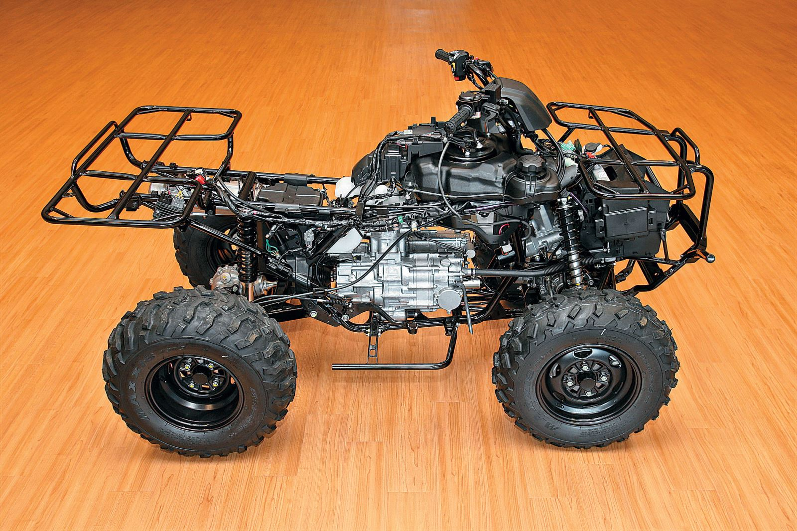 honda rancher  work   play  chassis   dirt toys magazine