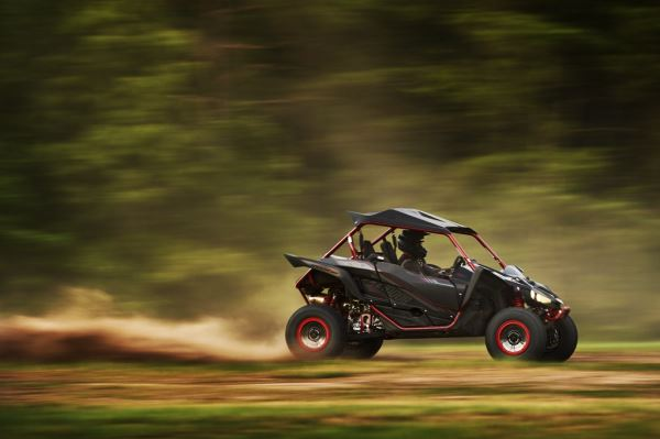Yamaha introduced new yxz1000r ss with sport shift for Yamaha pure direct