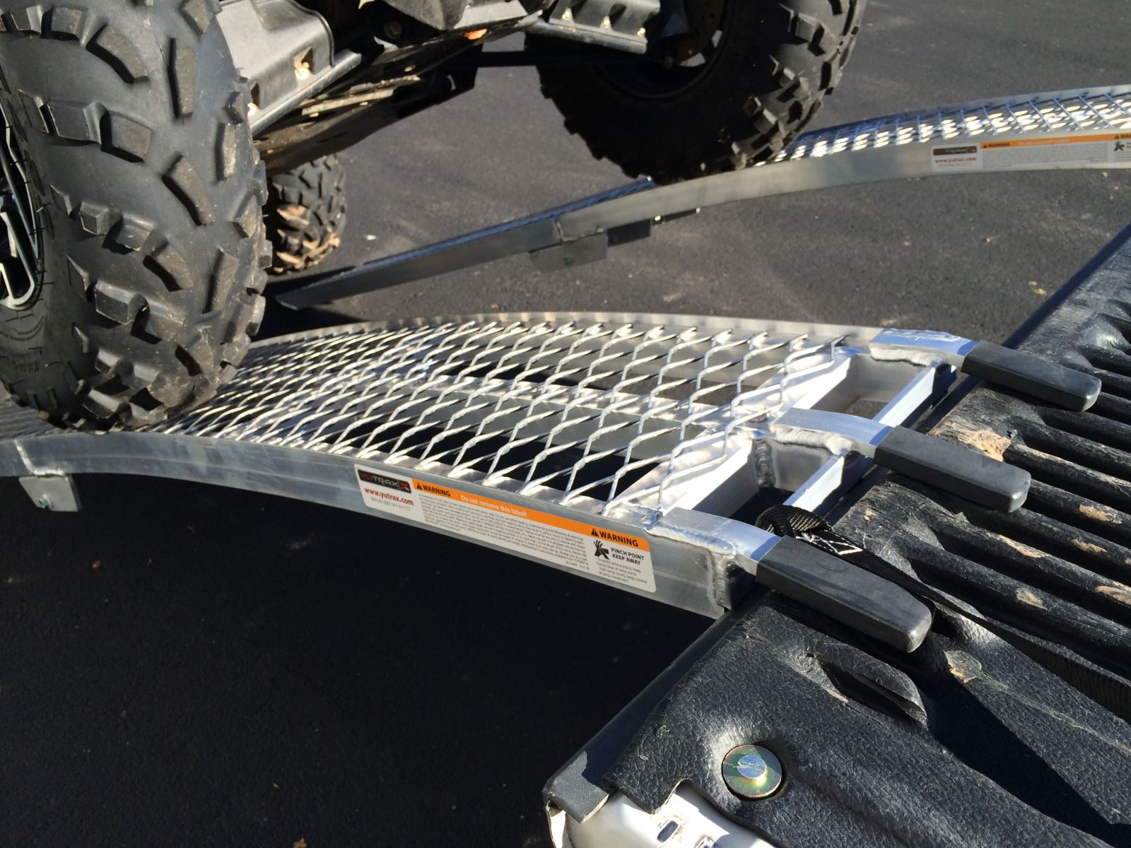 Aluminum Folding Ramps >> ATV Loading Ramp Review Comparing folding ramps and 2 ...
