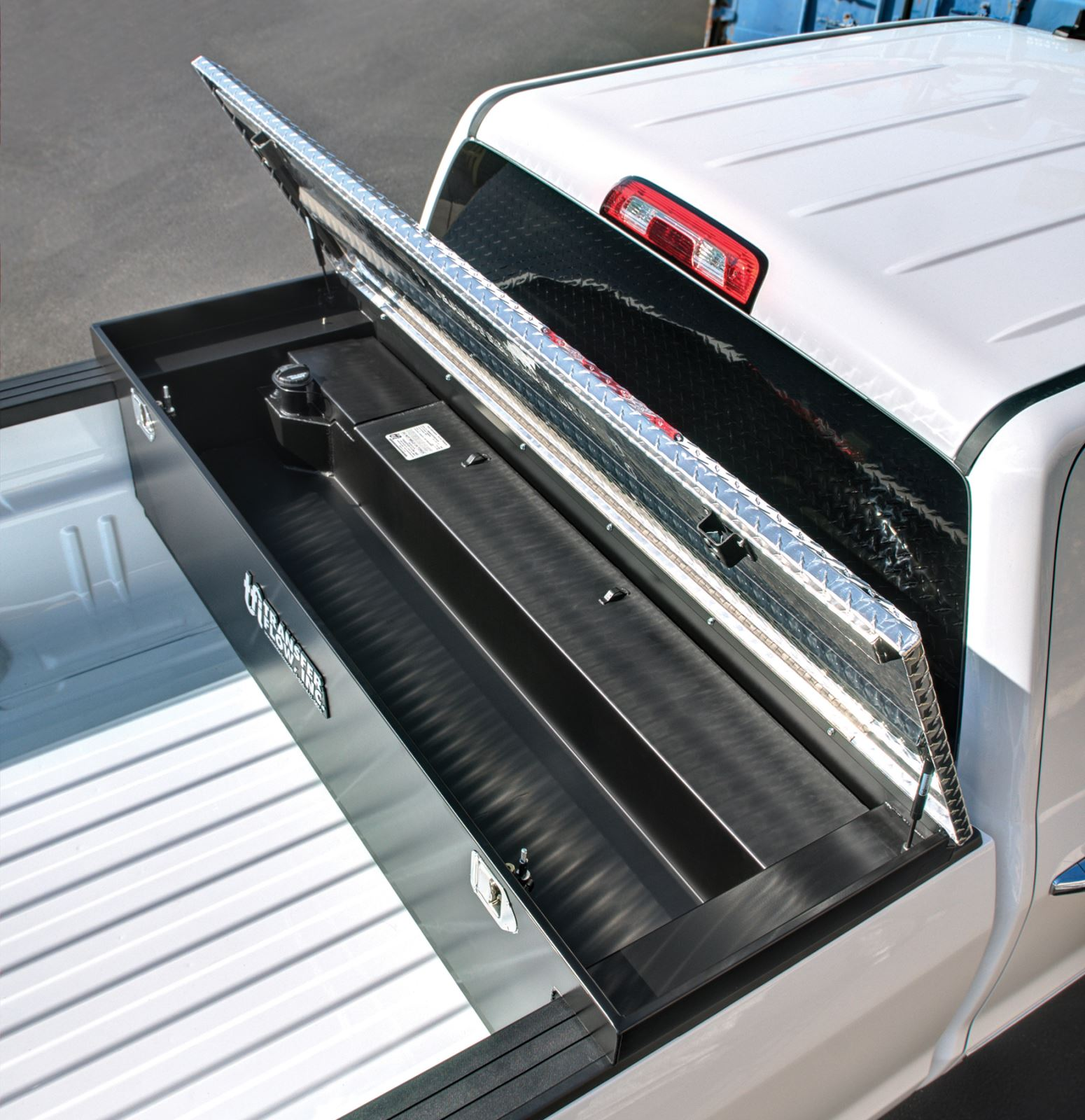 Product Review: Fuel Tank/Toolbox Combo | Dirt Toys Magazine